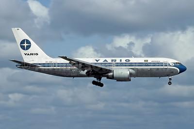VARIG (1st) Boeing 767-241 ER PP-VNR (msn 23805) MIA (Rob Rindt Collection). Image: 948809.