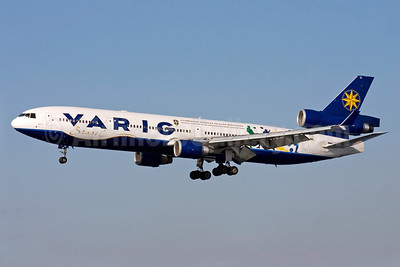 VARIG (1st) McDonnell Douglas MD-11 PP-VTI (msn 48456) (Brasileira Futebol) GIG (Bernardo Andrade). Image: 912822.