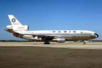 VARIG (1st) McDonnell Douglas DC-10-30 PP-VMA (msn 46944) MIA (Bruce Drum). Image: 102968.