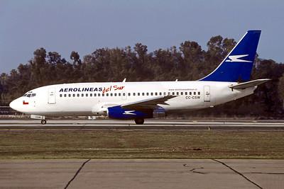 Aerolineas Del Sur Boeing 737-228 CC-CSW (msn 23002) SCL (Christian Volpati). Image: 943339.