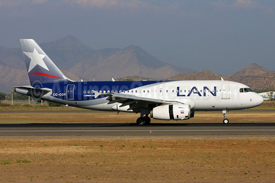 LAN Airlines (Chile) Airbus A319-132 CC-COY (msn 2295) SCL (Marcelo F. De Biasi). Image: 900180.