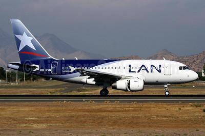 LAN Airlines (Chile) Airbus A318-121 CC-CVN (msn 3216) SCL (Alvaro Romero). Image: 933166.