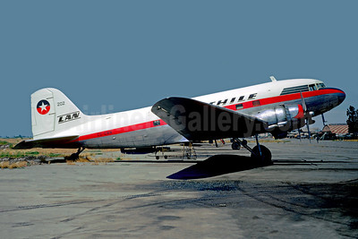 LAN-Chile Douglas C-47B-45-DK (DC-3) CC-CBN (msn 34255) ULC (Christian Volpati). Image: 948902.