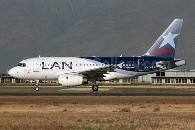 LAN Airlines (Chile) Airbus A318-121 CC-CVV (msn 3509) (Teleton 2011) SCL (Alvaro Romero). Image: 907571.