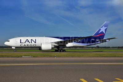 LAN Cargo (LAN Airlines Chile) Boeing 777-F6N N772LA (msn 37708) AMS (Ton Jochems). Image: 903425.