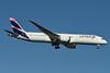 LATAM Airlines (Chile) Boeing 787-9 Dreamliner CC-BGA (msn 35317) JFK (Fred Freketic). Image: 934848.