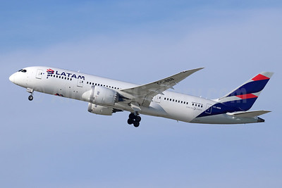 LATAM Airlines (Chile) Boeing 787-8 Dreamliner CC-BBB (msn 38466) LAX (Michael B. Ing). Image: 945782.