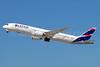 LATAM Airlines (Chile) Boeing 787-9 Dreamliner CC-BGK (msn 38474) LAX (Michael B. Ing). Image: 934989.