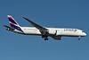 LATAM Airlines (Chile) Boeing 787-9 Dreamliner CC-BGL (msn 38482) JFK (Fred Freketic). Image: 934846.