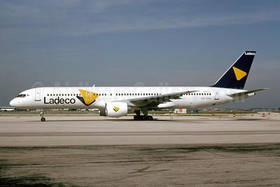 Ladeco Airlines (Linea Aereas Del Cobre) Boeing 757-2Q8 CC-CYG (msn 25044) MIA (Bruce Drum). Image: 927404.