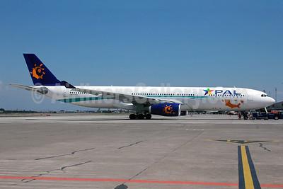 PAL Airlines Airbus A330-343X EC-LEQ (msn 1097) (Iberworld colors) SCL (Álvaro Romero). Image: 905914.