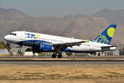 Sky Airline (Chile) Airbus A319-111 CC-AID (msn 2436) SCL (Ken Petersen). Image: 937970.