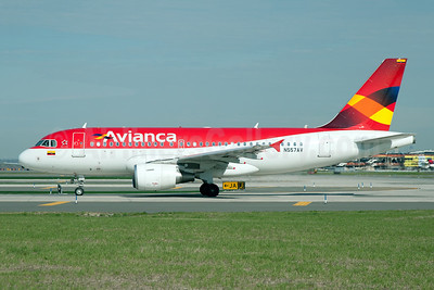 Avianca (Colombia) Airbus A319-115 N557AV (msn 5057) JFK (Fred Freketic). Image: 949857.
