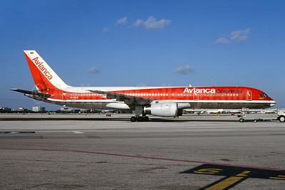 Avianca Colombia Boeing 757-2Y0 EI-CEZ (msn 26154) MIA (Bruce Drum). Image: 104105.