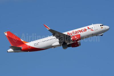 Avianca (Colombia) Airbus A320-214 WL N724AV (msn 6153) FLL (Richard Vandervord). Image: 949151.