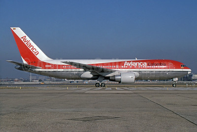 Avianca Colombia Boeing 767-284 ER N988AN (msn 24742) LHR (SPA). Image: 936332.