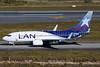LAN (Colombia) Boeing 737-73S WL EI-EEB (msn 29081) GRU (Bernardo Andrade). Image: 908886.