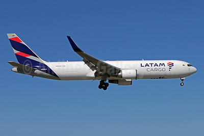 LATAM Cargo (Colombia) Boeing 767-316F ER WL N536LA (msn 32573) MIA (Brian McDonough). Image: 949029.