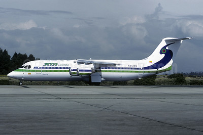 SAM Colombia Avro (BAe) RJ100 N512MM (msn E3263) BOG (Christian Volpati). Image: 950358.