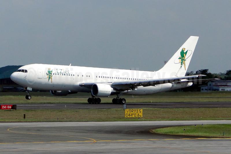 EZjet Air Services (Swift Air 2nd USA) Boeing 767-238 ER N250MY (msn 23306) GEO (Nigel Steele). Image: 909765.