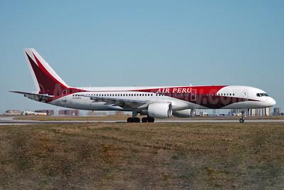 Air Peru (Primaris Airlines) Boeing 757-230 N741PA (msn 24737) (Primaris colors) YYZ (TMK Photography). Image: 939349.