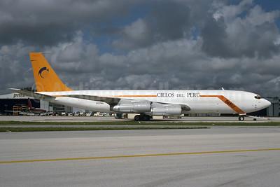 Cielos del Peru Boeing 707-321C N517MA (OB-1716) (msn 20017) MIA (Bruce Drum). Image: 103921.