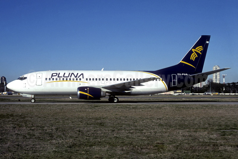 PLUNA Lineas Aereas Boeing 737-3Q8 CX-PUA (msn 24700) AEP (Christian Volpati Collection). Image: 937204.