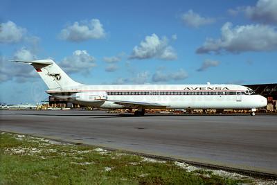 AVENSA McDonnell Douglas DC-9-32 YV-71C (msn 47104) (Delta colors) MIA (Bruce Drum). Image: 103938.