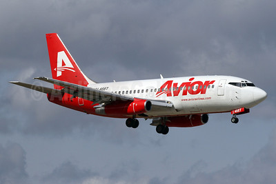 Avior Airlines Boeing 737-2Y5 YV488T (msn 23848) MIA (Brian McDonough). Image: 910777.