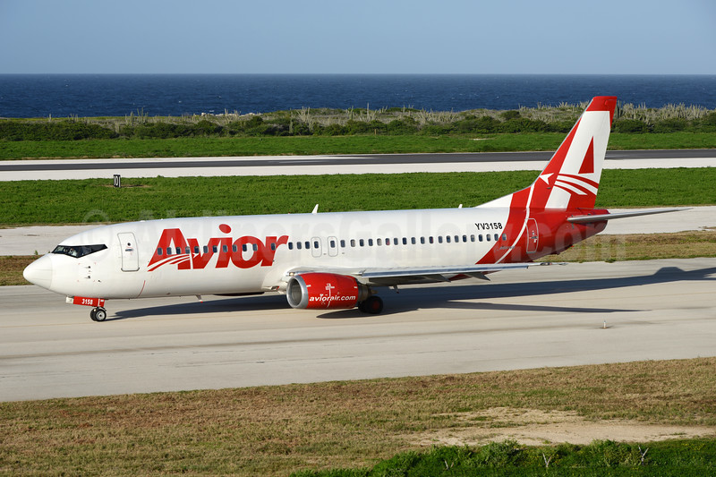 Avior Airlines Boeing 737-401 YV3158 (msn 23984) CUR (Ton Jochems). Image: 936993.