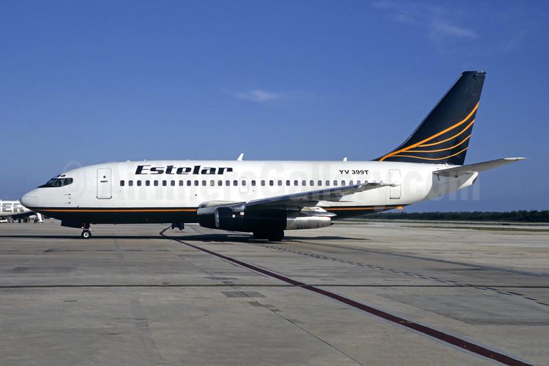 Estelar Boeing 737-2Y5 YV399T (msn 24031) CCS (Orlando Jose Suarez). Image: 924976.