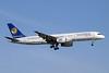 Santa Barbara Airlines Boeing 757-236 YV2243 (msn 24118) MIA (Jay Selman). Image: 400127.