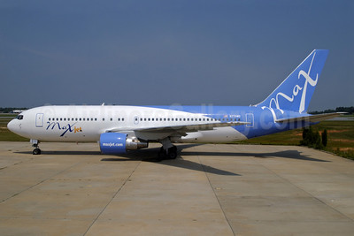 Airline Color Scheme - Introduced 2005 (1st)
