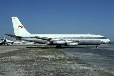 McCulloch International Airlines Boeing 720-022 N7207U (msn 17913) (United colors) MIA (Bruce Drum). Image: 105026.