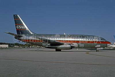 MetroJet-USAir Boeing 737-201 N262AU (msn 22868) MIA (USAir colors) (Bruce Drum). Image: 101080.