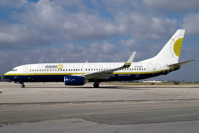 Miami Air International Boeing 737-8DC WL N740EH (msn 34596) MIA (Jay Selman). Image: 402124.
