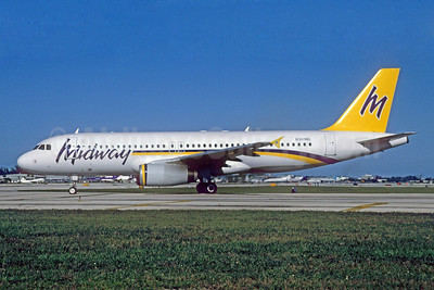 Midway Airlines (2nd) Airbus A320-231 N301ML (msn 315) FLL (Bruce Drum). Image: 909289.