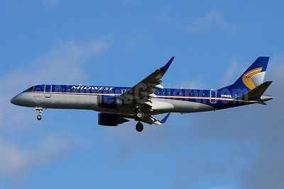 Midwest Airlines-Republic Airlines (2nd) Embraer ERJ 190-100 IGW N162HL (msn 19000231) SEA (Joe G. Walker). Image: 904242.
