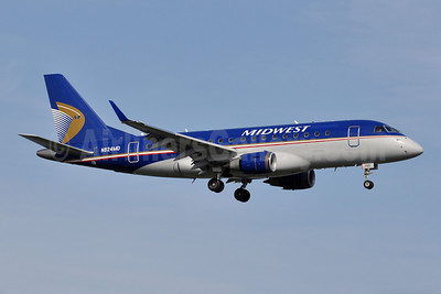 Midwest Airlines-Republic Airlines (2nd) Embraer ERJ 170-100SU N824MD (msn 17000045) DCA (Tony Storck). Image: 913914.