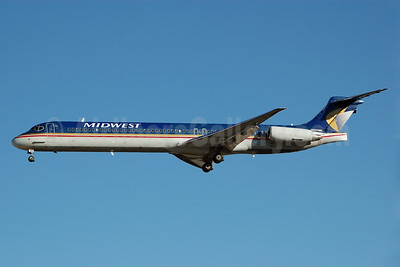 Midwest Airlines (USA) McDonnell Douglas MD-88 N701ME (msn 49760) LAS (Bruce Drum). Image: 100273.
