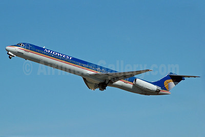 Midwest Airlines (USA) McDonnell Douglas DC-9-82 (MD-82) N810ME (msn 48072) FLL (Bruce Drum). Image: 100118.
