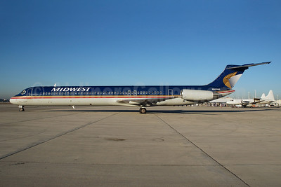 Midwest Airlines (USA) McDonnell Douglas DC-9-81 (MD-81) N805ME (msn 48031) MIA (Bruce Drum). Image: 100513.
