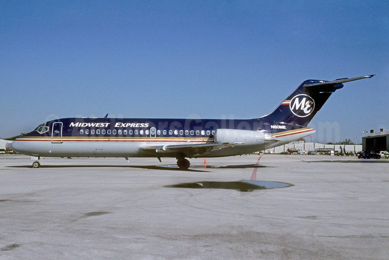 Midwest Express Airlines Douglas DC-9-14 N80ME (msn 45795) MIA (Bruce Drum). Image: 103358.