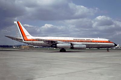 Modern Air Transport Convair 990-30A-5 N5615 (msn 30-10-27) LBG (Christian Volpati). Image: 948700.