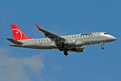 NWA Airlink-Compass Airlines Embraer ERJ 170-200LR (ERJ 175) N619CZ (msn 17000213) MSP (Bruce Drum). Image: 101148.