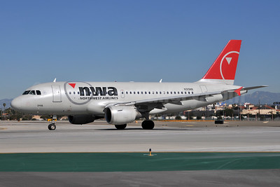 Northwest Airlines-NWA Airbus A319-114 N315NB (msn 1230) LAX (Ton Jochems). Image: 952813.