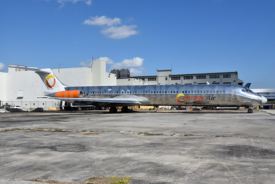 Orange Air McDonnell Douglas DC-9-82 (MD-82) N16545 (msn 53027) MIA (Bruce Drum). Image: 104430.