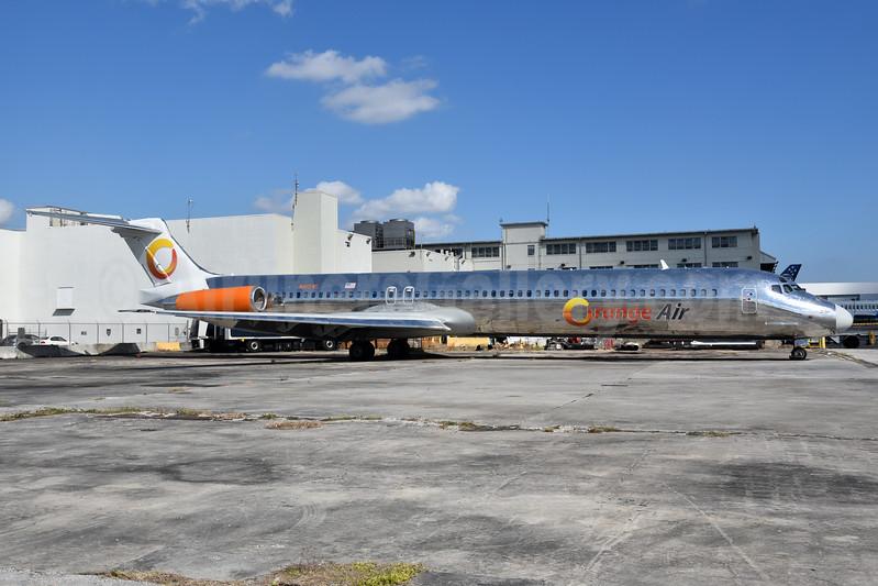Orange Air McDonnell Douglas DC-9-82 (MD-82) N16545 (msn 53027) MIA (Bruce Drum). Image: 104430.