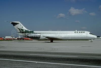 Ozark Airlines (1st) McDonnell Douglas DC-9-31 N985Z (msn 47491) MIA (Bruce Drum). Image: 102427.