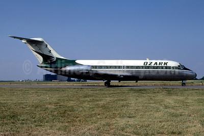 Ozark Airlines (1st) Douglas DC-9-15 N968E (msn 45786) STL (Bruce Drum). Image: 102236.